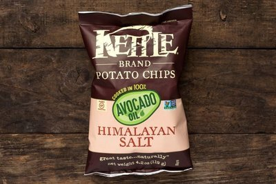 Thumb 400 kettle brand avocado oil with himalayan pink salt potato chips 4 2 oz